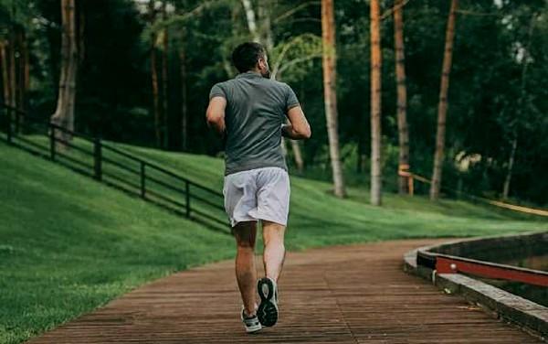 Chạy bộ giúp phòng ngừa  rối loạn nội tiết